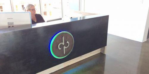 dp_backlit_desk